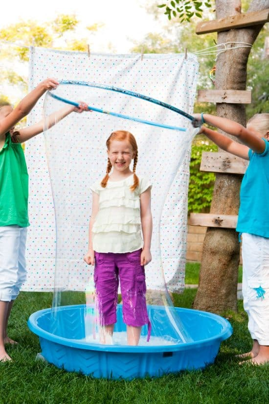 A DIY Ginormous Bubble Solution For Endless Hours Of Fun