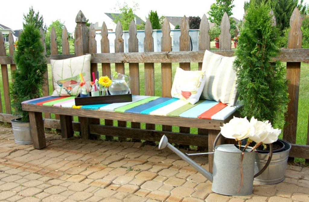 Colorful Wooden Pallet Garden Bench
