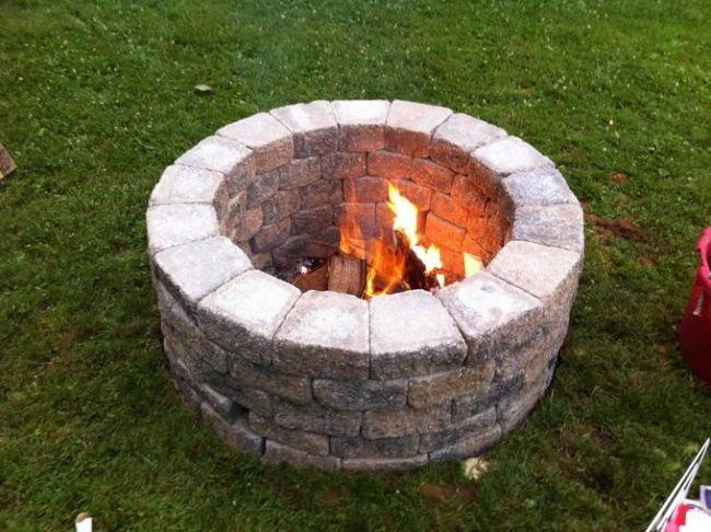 Classic outdoor fire pit design