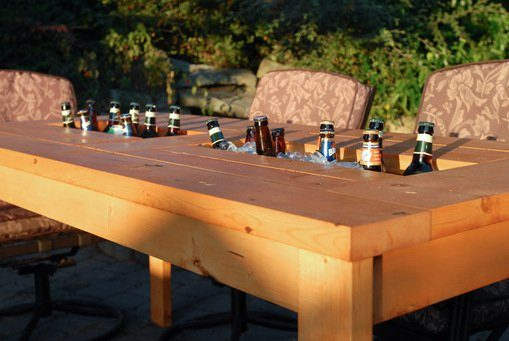 The Perfect Back Yard DIY Table And Drink Cooler