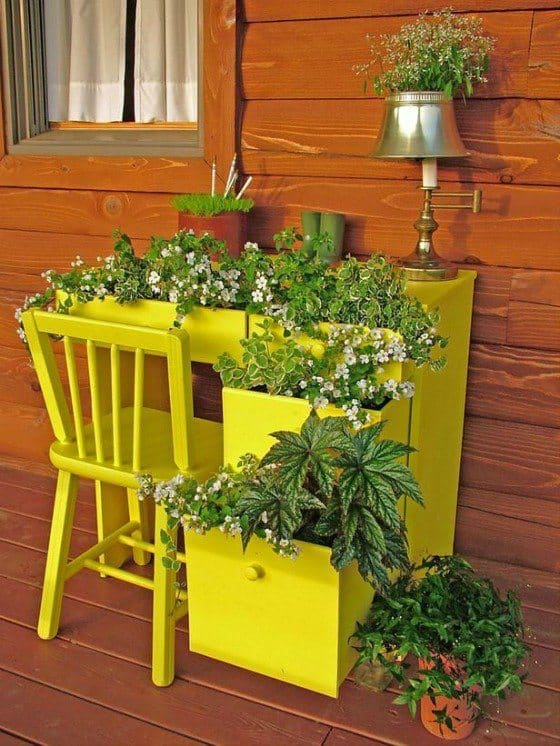Recycle furniture used in the garden