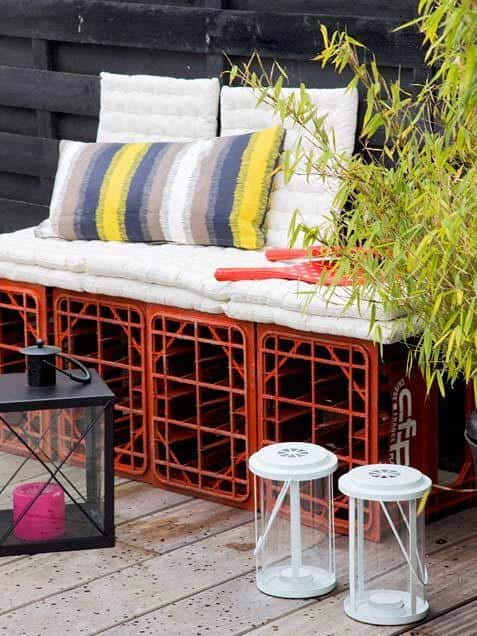 15 Of The Most Awesome DIY Benches for Outdoors