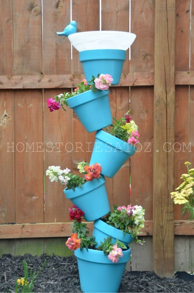 Combining Garden Planter Pots To Make a Bird-Bath!