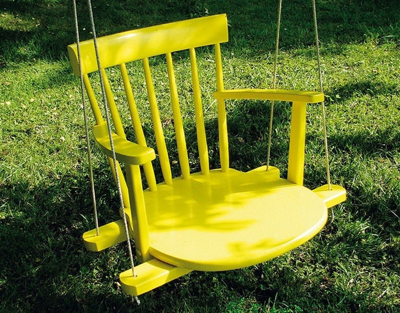 The Simple and Fun 'Chair Swing'!