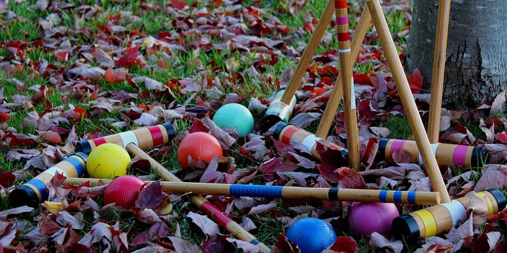 croquet set on leaves