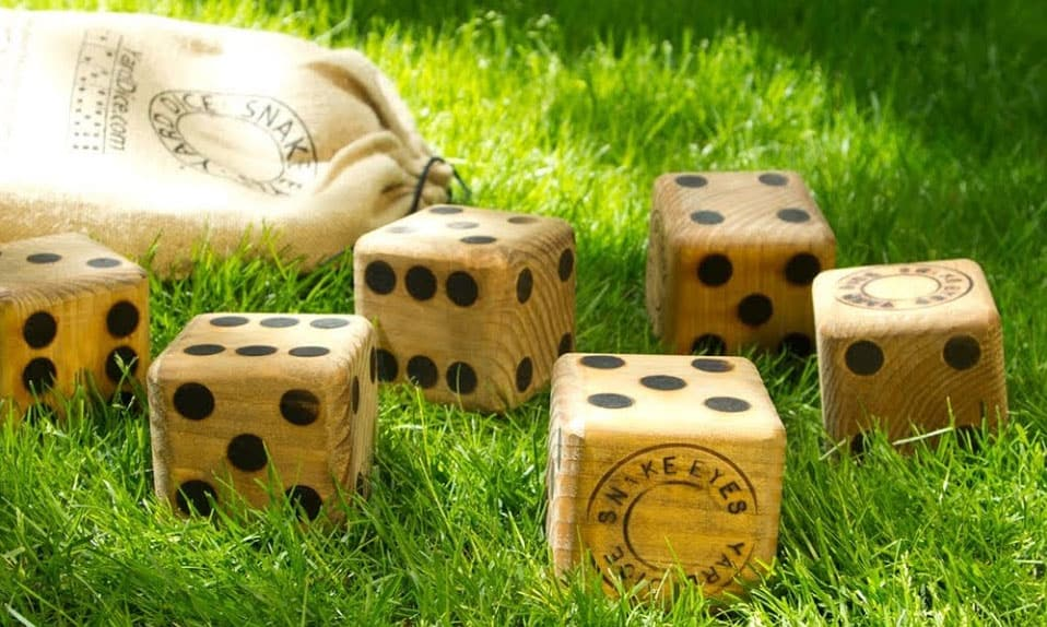 giant yard dice game